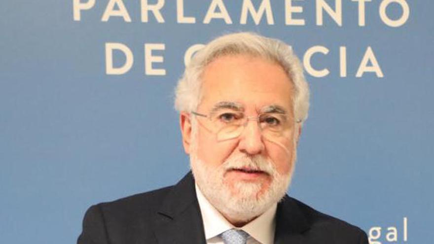 Feijóo elige continuidad: Santalices presidente de la Cámara y Puy portavoz