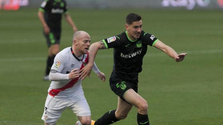 """El Girona ja té 3 punts de coixí respecte el Rayo Vallecano en la lluita pel """"play-off"""""""