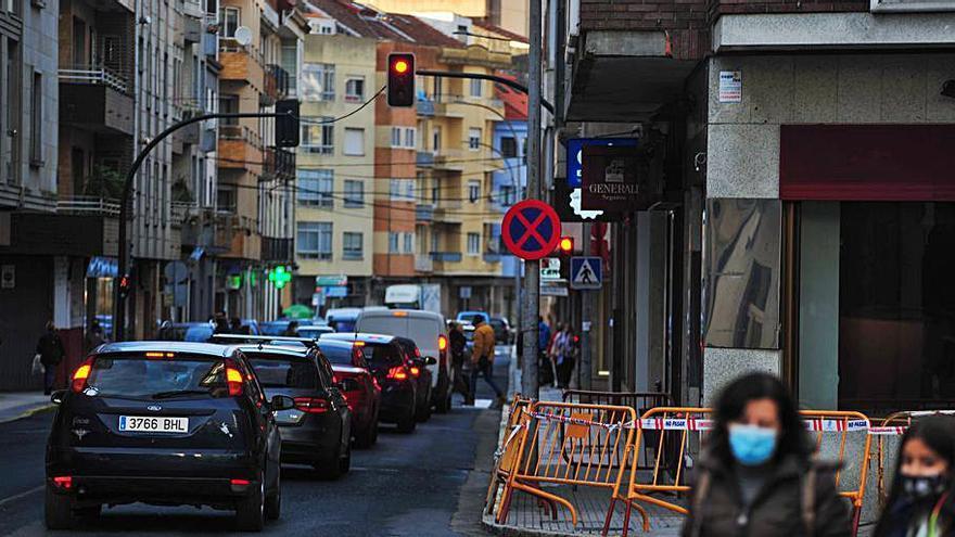 Nuevo desprendimiento de fachada en el centro urbano