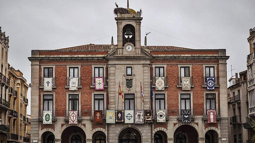 Semana Santa en Zamora | Los reposteros, como si no pasara nada