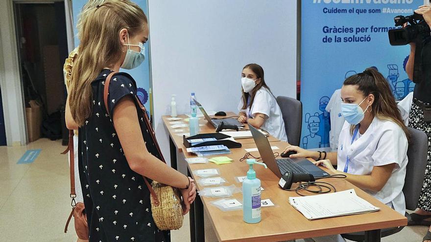 El ritme de vacunació no remunta a Catalunya i caduquen 69.129 dosis