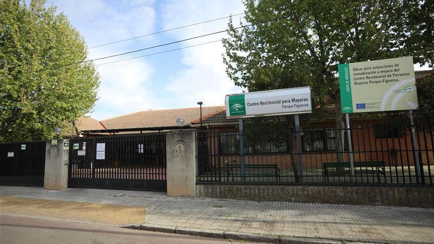 Coronavirus en Córdoba: UGT denuncia la falta de material de protección en la residencia del Parque Figueroa