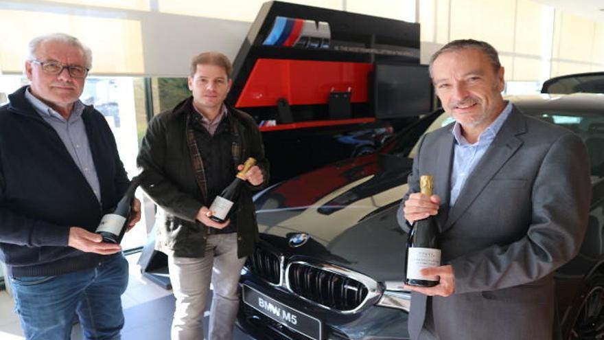 BMW Engasa entrega el premio del sorteo de la Feria del Cava Valenciano