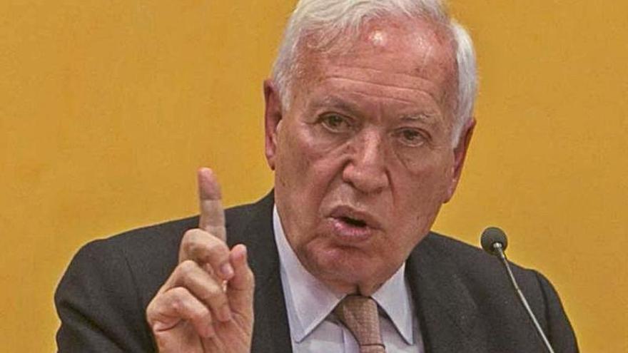 Margallo: «Mazón es el líder que necesita el PP para ganar las elecciones»