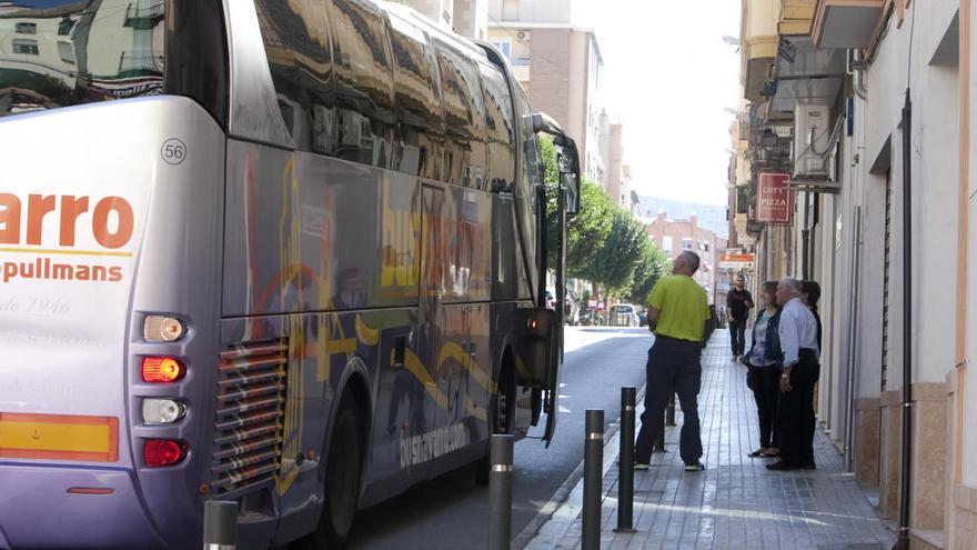 Conexión directa por bus de 46 municipios de la Costera y la Vall con el hospital