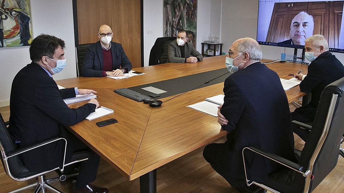 Reunión de la Mesa Sectorial de Educación. |   // C. PAZ