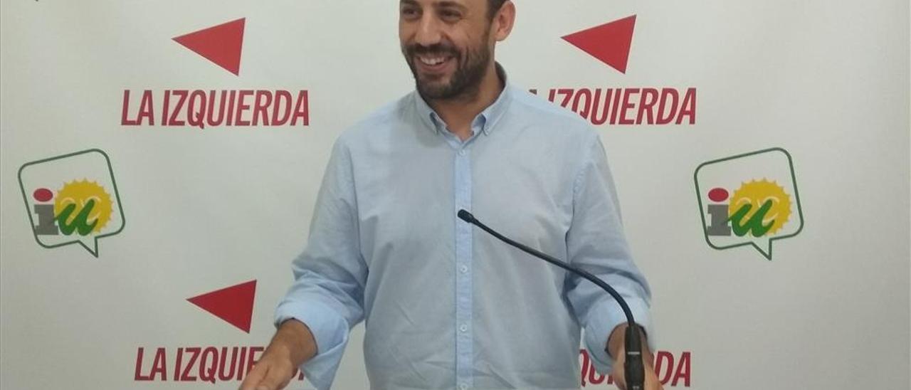 IU refuerza su posición en la provincia de Córdoba y retrasa el análisis de lo ocurrido en la capital