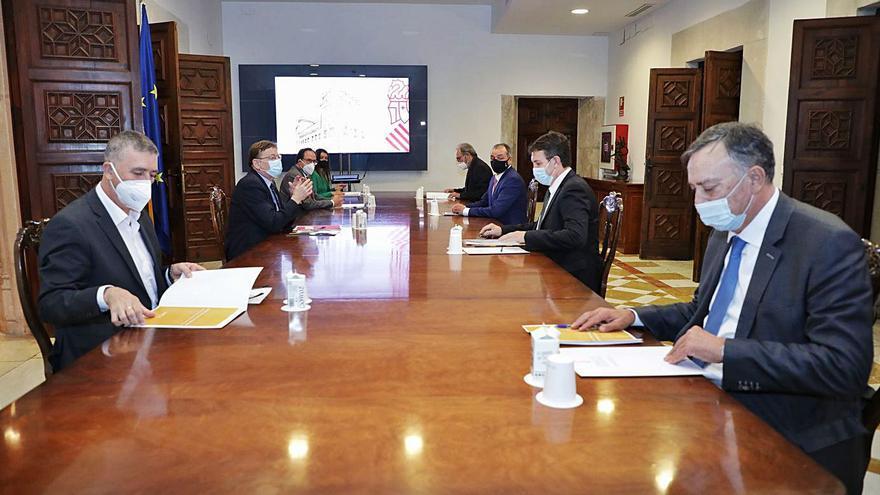 Los empresarios piden a la Generalitat 330 millones para apoyar a la industria