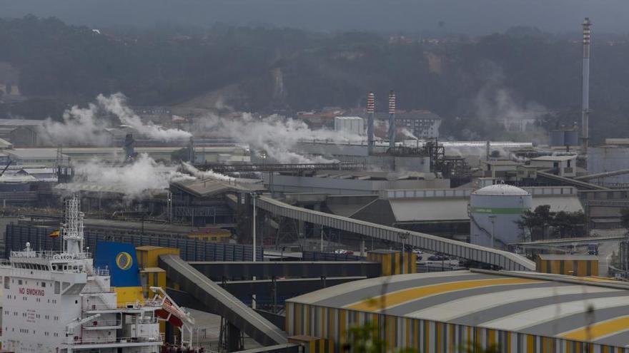 Recta final del estatuto electrointensivo tras año y medio de retraso: la industria no espera los cambios que reclama