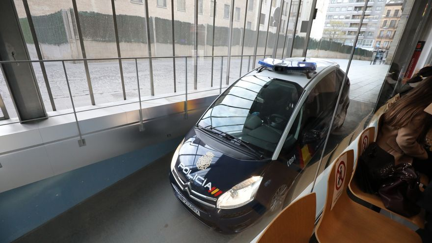 Cinco años de cárcel por entrar a robar en siete pisos de Zaragoza