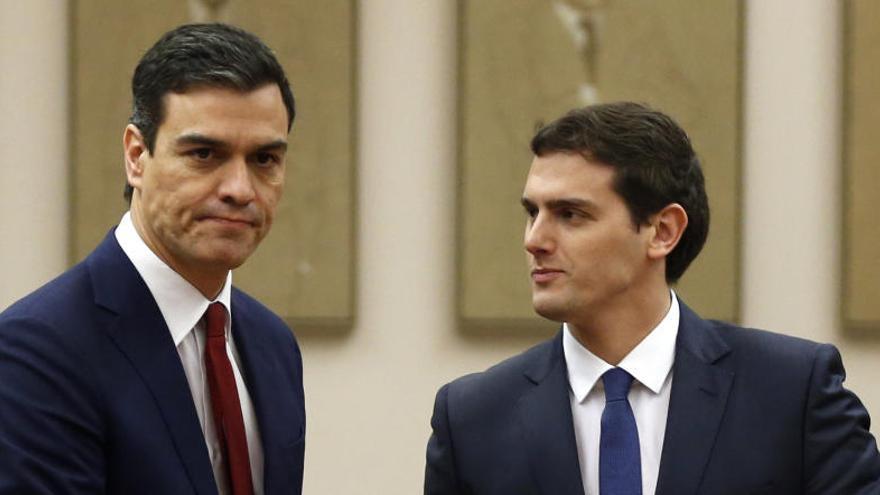 Rivera y Sánchez, los candidatos más valorados