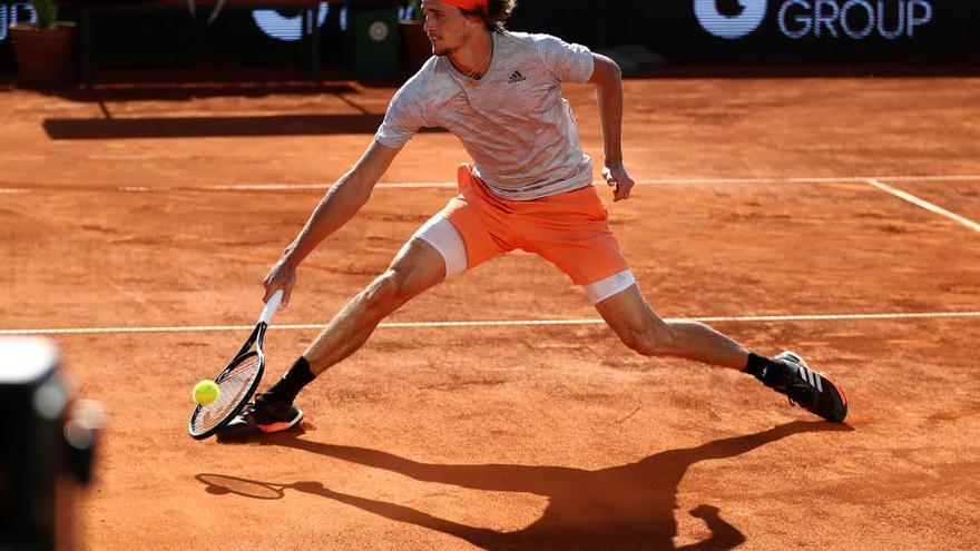 Con gradas llenas, así ha vuelto el tenis en Serbia