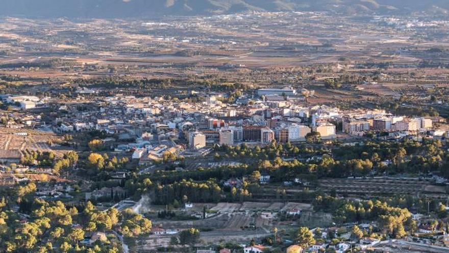 L'Olleria saca del núcleo urbano  tanatorios,  locales eróticos y salones de juegos