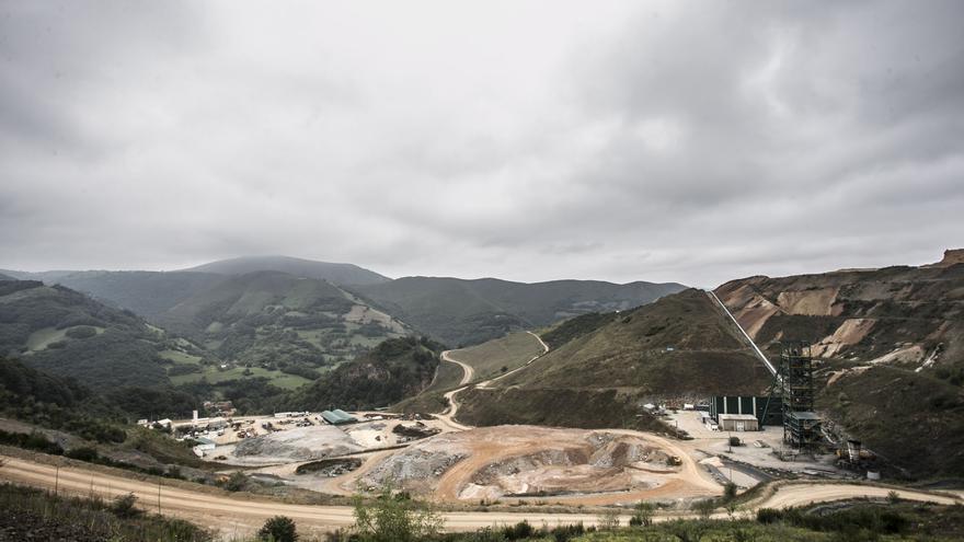 """Suspendido """"sine die"""" el juicio por supuestos vertidos contaminantes de la mina de oro de Belmonte"""