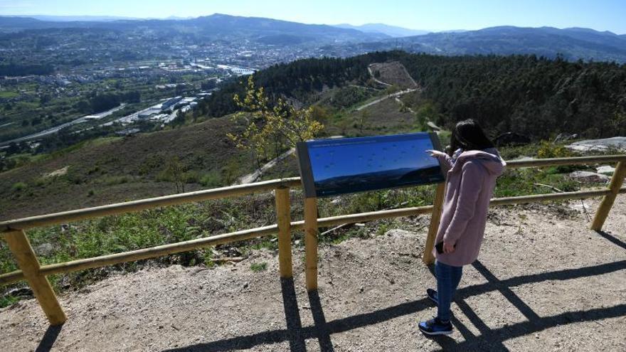 Las comunidades de montes estudian una respuesta conjunta al parque eólico del Castrove