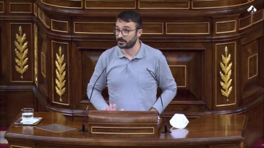 Batet retira la paraula a Botrán (CUP) després que aquest acusi la Mesa del Congrés de censurar el debat sobre el Rei