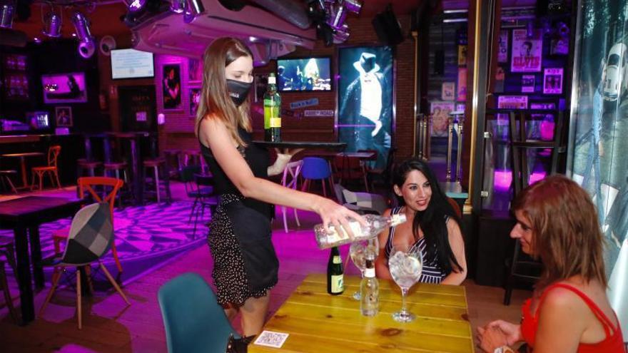 Las discotecas de Córdoba no reabrirán hasta que se amplíe el horario más allá de las dos