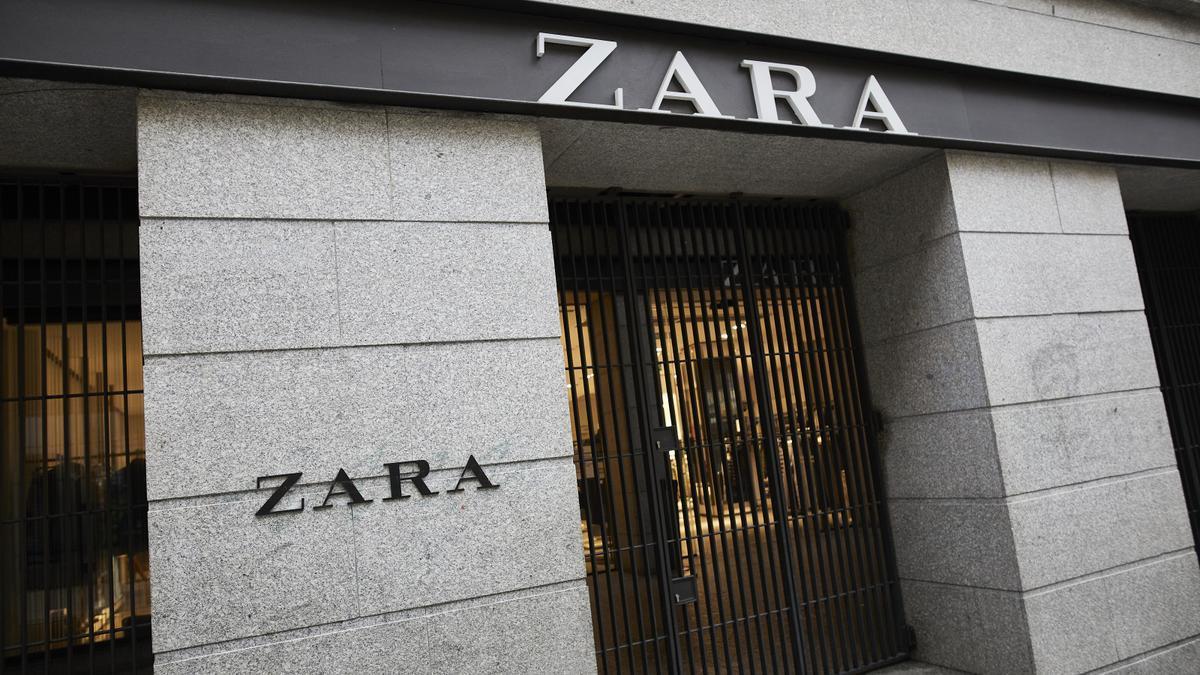 Fotografía de archivo de una tienda de Zara.