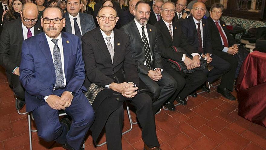 La Semana Santa de Gandia elige presidente a Ripoll en un congreso  de continuidad