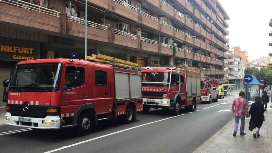 El fum d'una cuina provoca una falsa alarma d'incendi al centre de Manresa