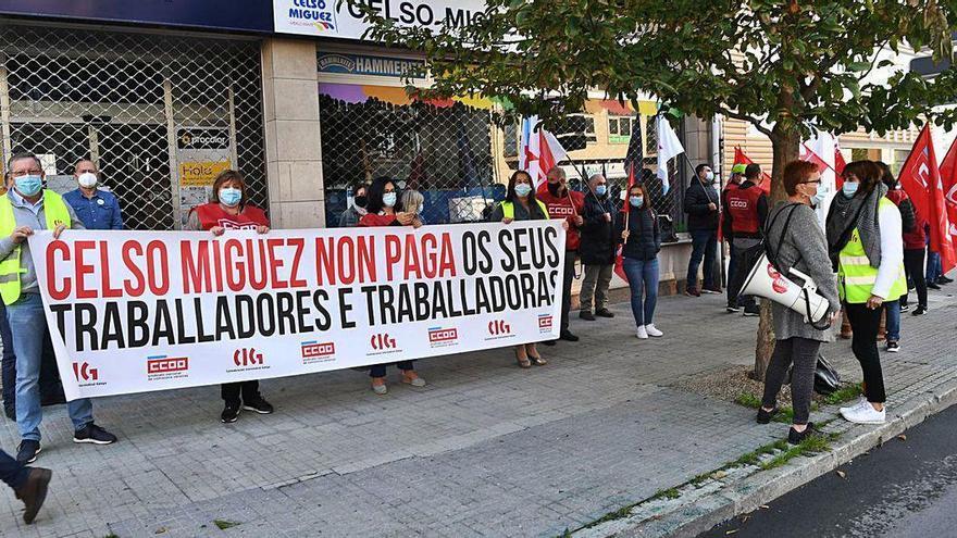 La plantilla de Celso Míguez reclama el pago de salarios