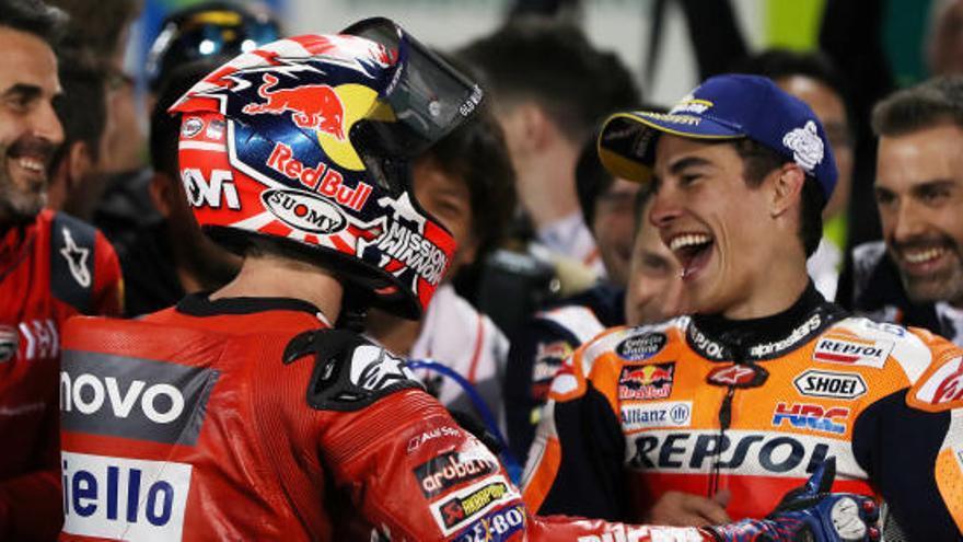 Dovizioso guanya a Márquez la primera batalla de la temporada de MotoGP