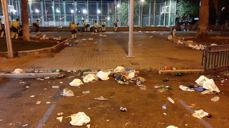 Limpieza retira más de 37.000 kilos de residuos tras la Gran Cabalgata