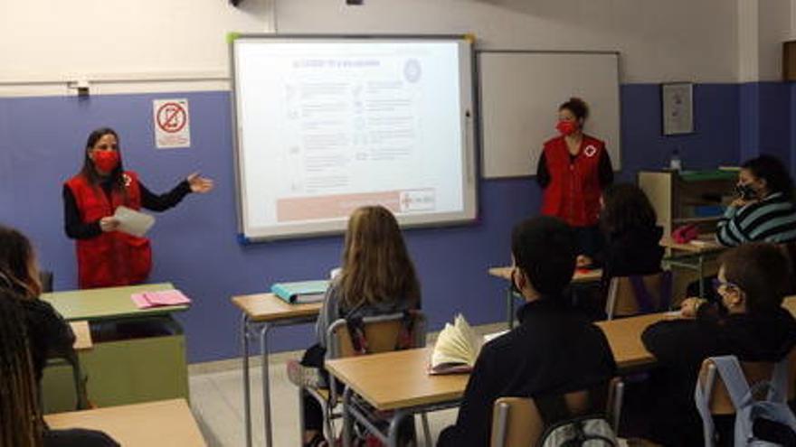 Creu Roja a Catalunya incorpora 1.690 persones al mercat laboral