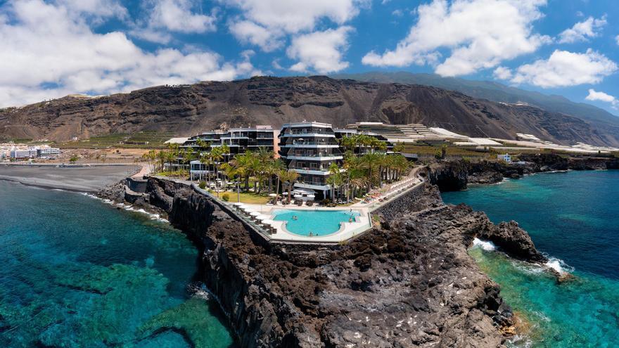 Meliá traslada a hoteles de Tenerife a 350 huéspedes evacuados de La Palma