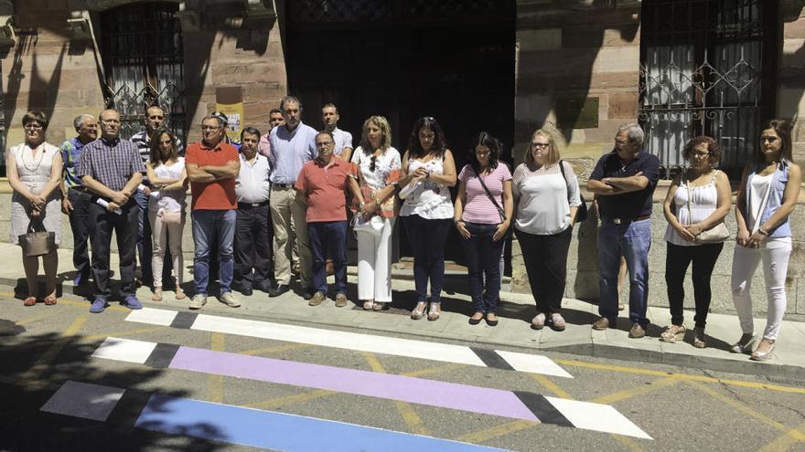 Benavente recuerda a Miguel Ángel Blanco y a los tres guardias benaventanos asesinados por ETA