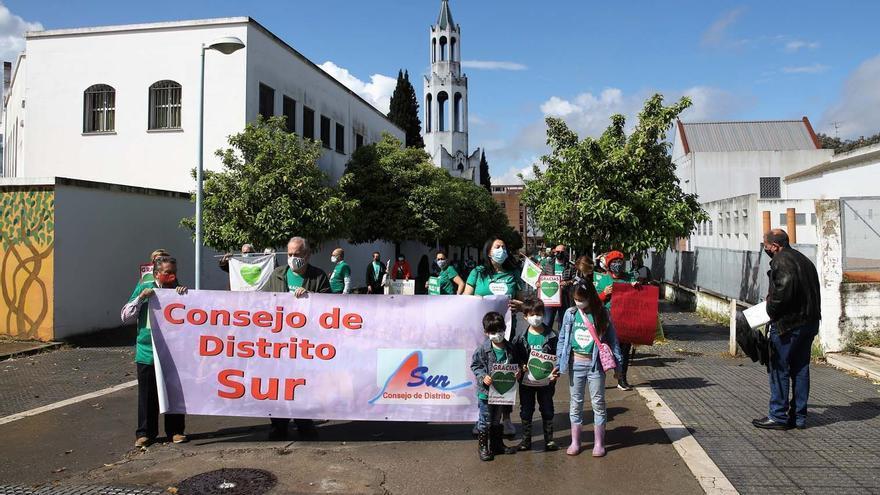 Decenas de personas marchan por la sanidad pública en el Sector Sur de Córdoba