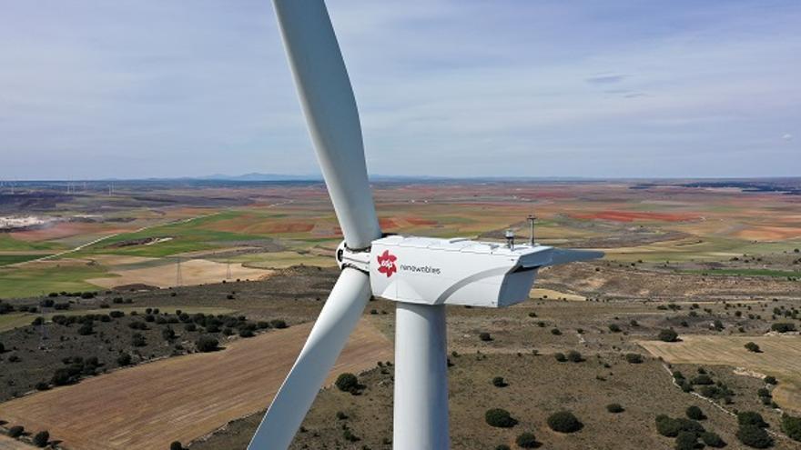 Asturiana de Zinc comprará durante 19 años energía a EDP, proveniente de sus parques eólicos en España