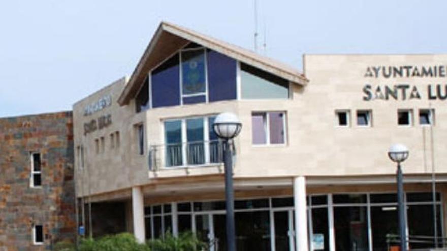 El alcalde y tres concejales de Santa Lucía dan positivo en covid-19