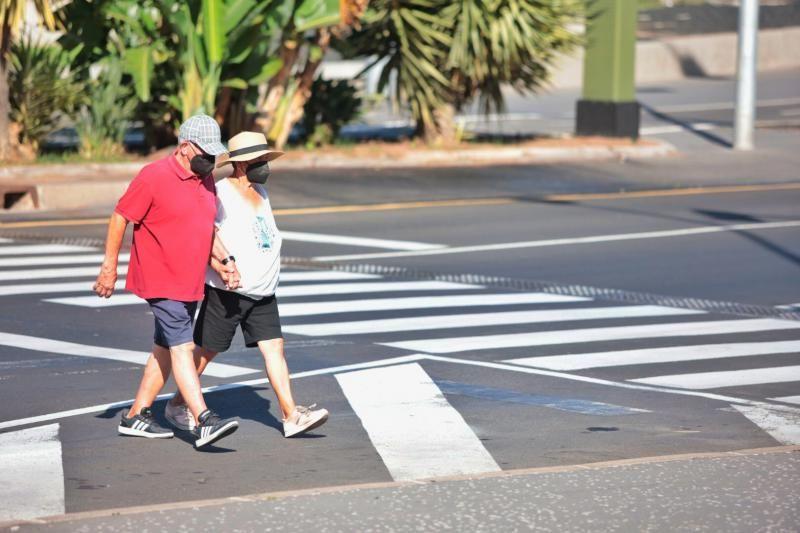 Primer día sin mascarilla en exteriores en Tenerife