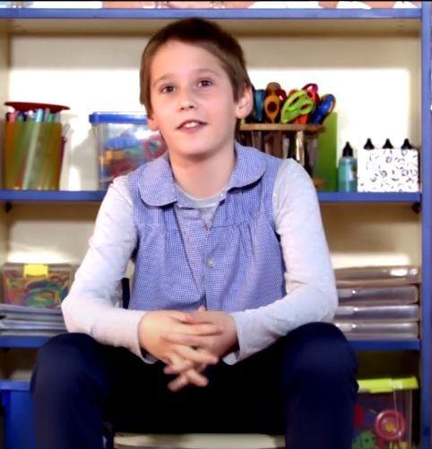 Este documental narra la historia de 'Luis' en el colegio