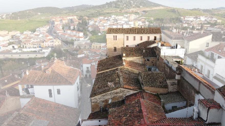 Una investigación saca a la luz más de sesenta metros de muralla almohade