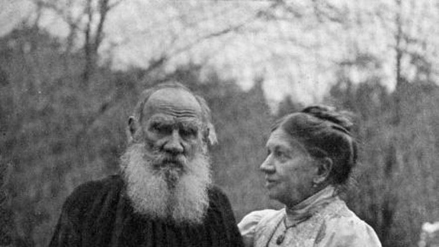 La gesta de coronar el 'ochomil' de Tolstói