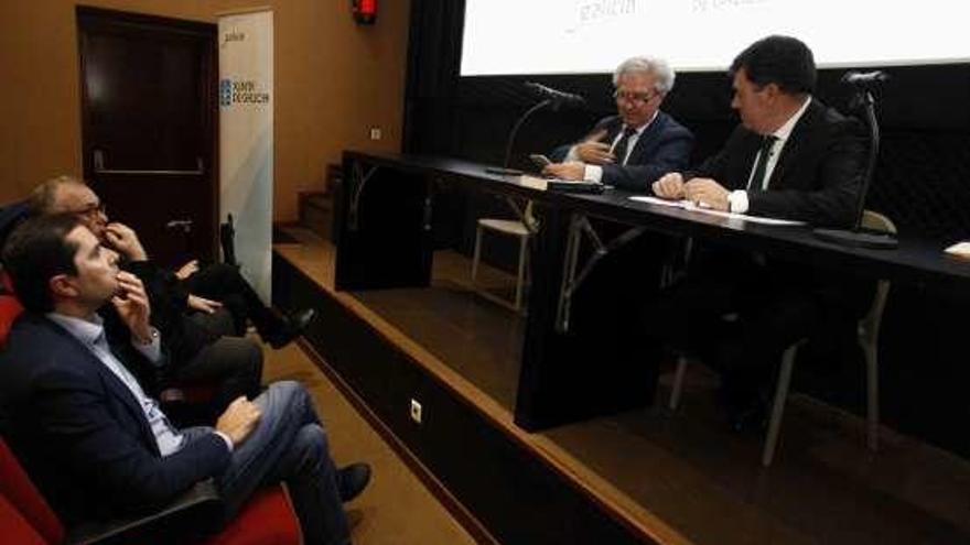 El CGAI conservará el archivo de fotografía de César Antonio Molina