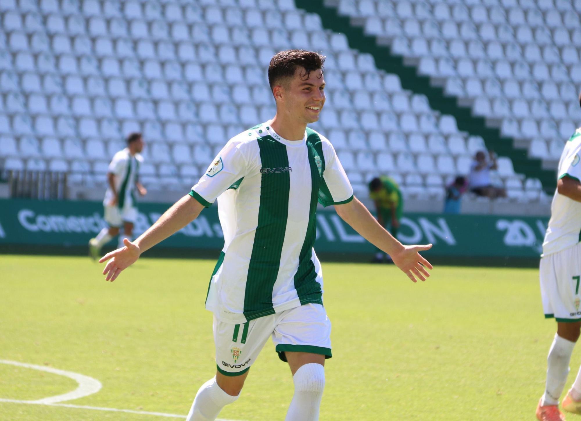 El filial del Córdoba CF se despide en El Arcángel a lo grande