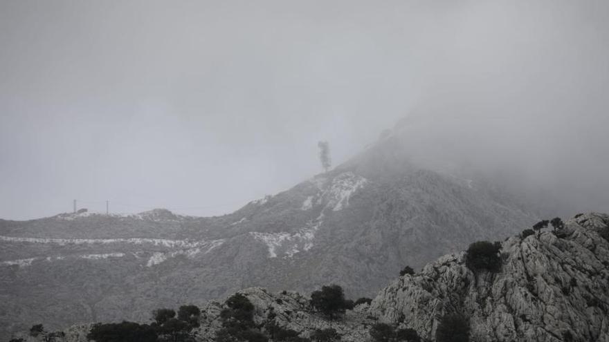 Auf Mallorcas Bergen liegt Schnee