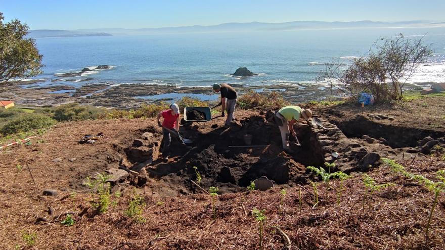 La Xunta y la Universidade de Vigo vuelven a excavar el pasado romano de Ons