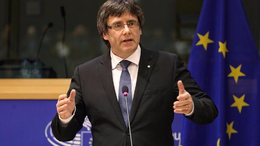 Ex-Katalonien-Premier Puigdemont unter Auflagen in Deutschland frei