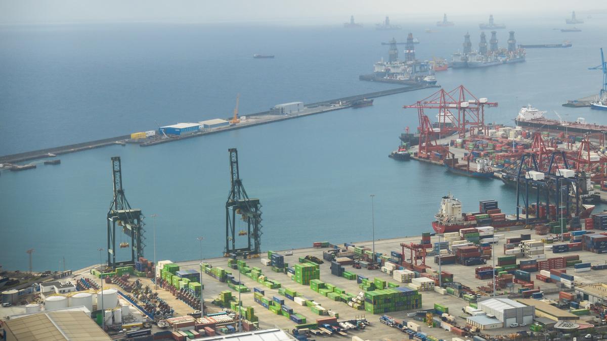 Las tasas portuarias de Las Palmas, entre las más bajas de España
