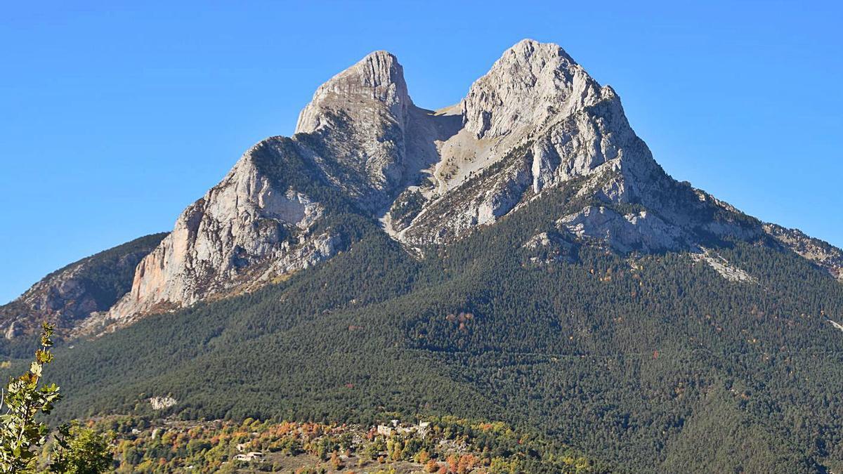 El Pedraforca servirà d'exemple pel seu model de turisme sostenible | DOLORS CLOTET