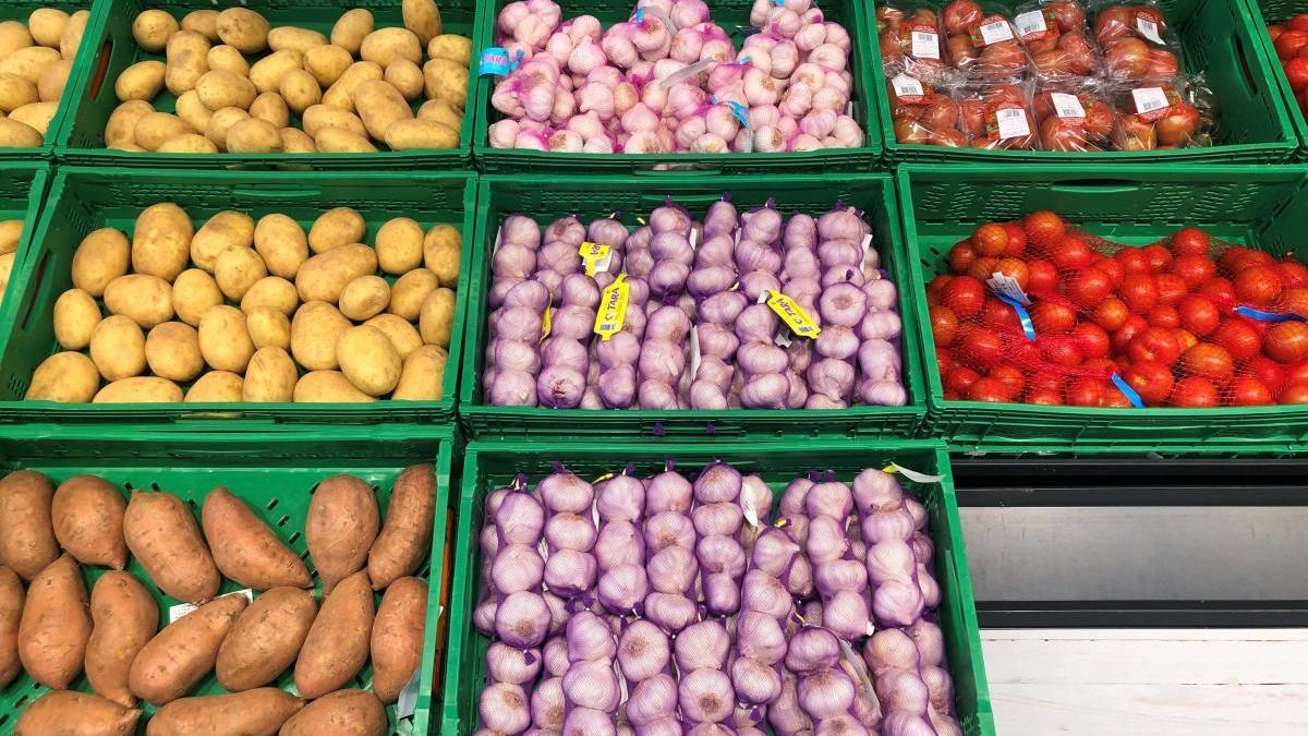 Productos de verdura en uno de los supermercados.