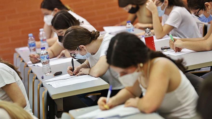 Directores y docentes aprueban la revisión del contenido educativo