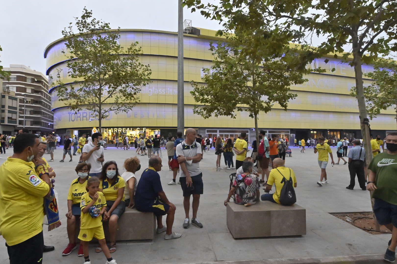 Villarreal - Atalanta 01 Manolo Nebot (12).JPG