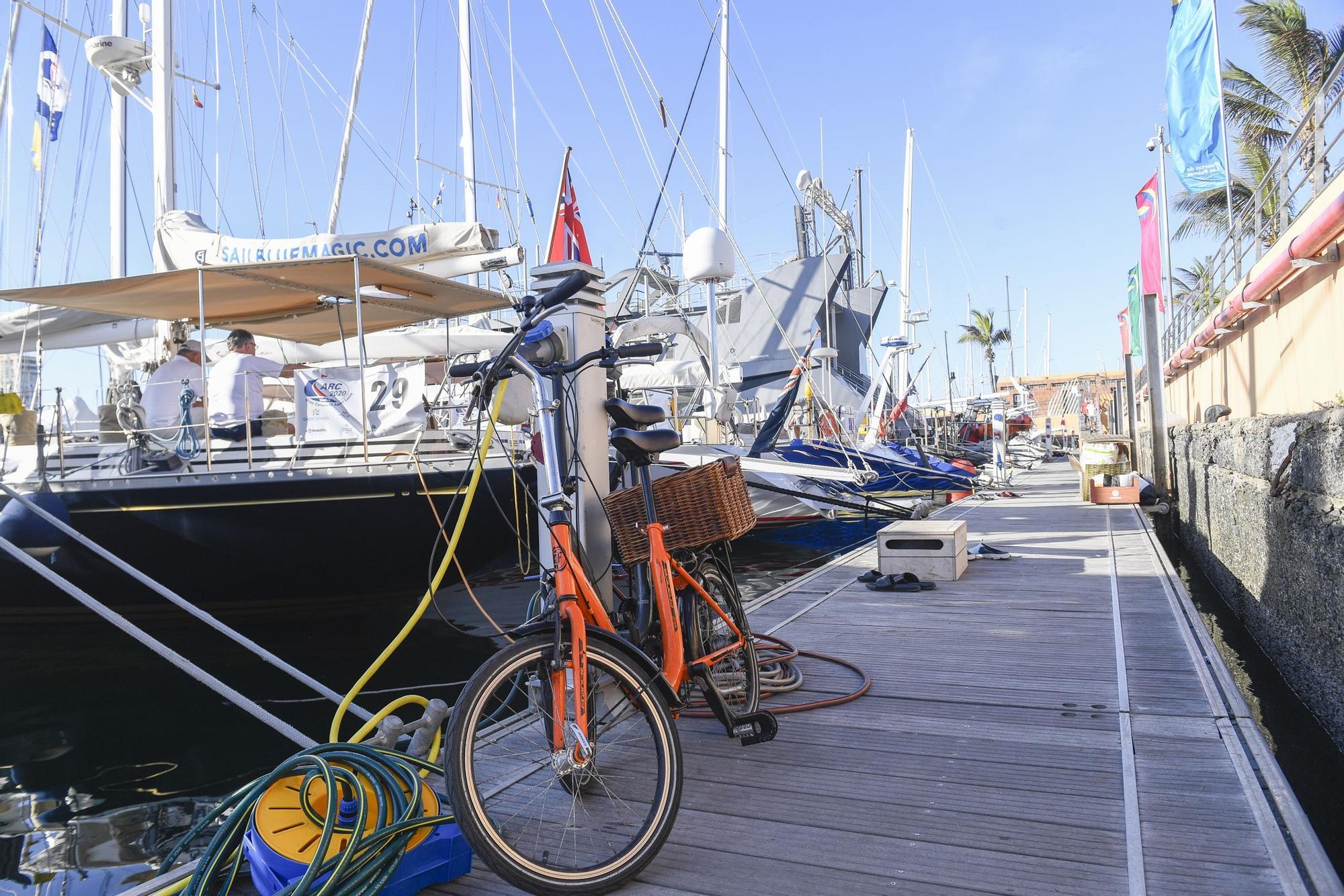 Las naves de la regata ARC se preparan para partir