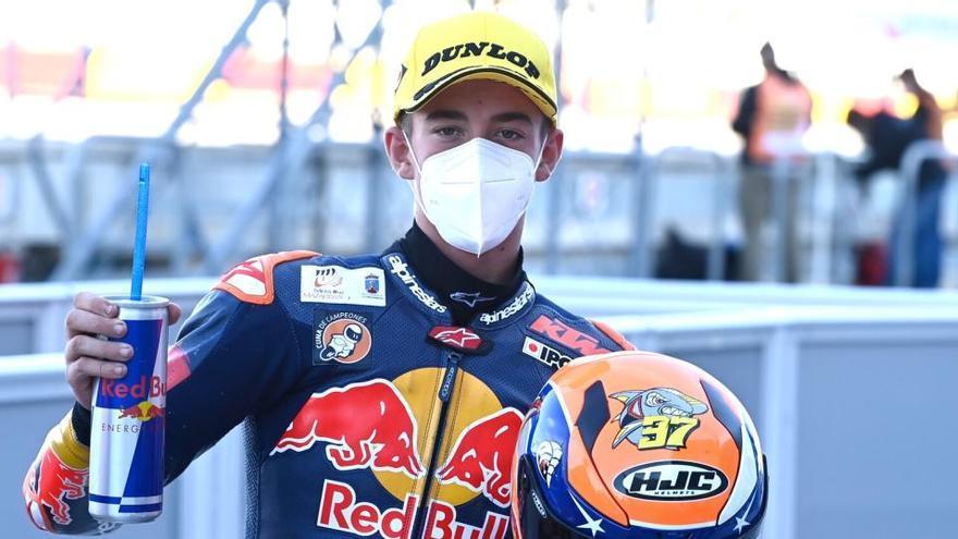 Pedro Acosta dará el salto al Mundial de Moto3 con el equipo oficial KTM