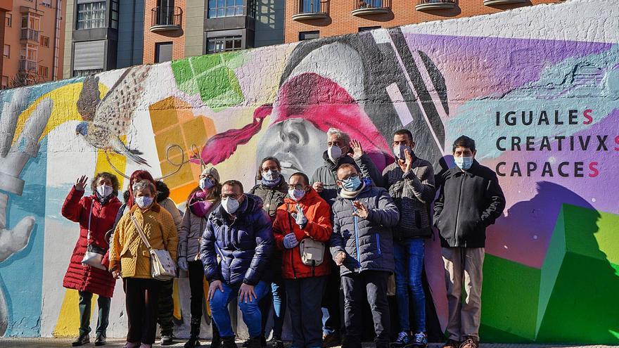 Leo Harlem invita a participar en la marcha Asprosub de Zamora